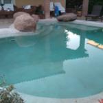 Cómo decorar una piscina de lujo