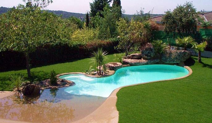 Piscinas de arena un nuevo concepto de piscinas Piscina natural jardin